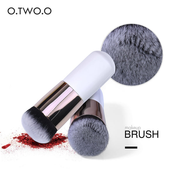 O.TWO.O Makeup Brush DromedarShop.com Online Boutique