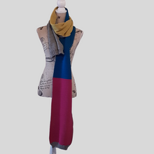 Load image into Gallery viewer, Alpaca Brightness Scarf