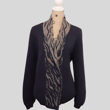 Load image into Gallery viewer, Alpaca long-length Cardigan with Zebra Pattern