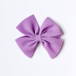 NUDE NYLON BUTTERFLY BOW
