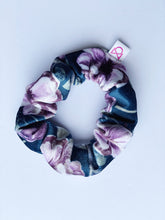 Load image into Gallery viewer, FUN PRINTS VELVET TODDLER  SCRUNCHIES