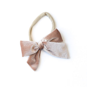 DARLING VELVET BOWS ON NUDE NYLON