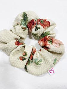 FUN PRINT SCRUNCHIE
