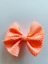 Load image into Gallery viewer, NEW SOLID COLORS DAINTY BUTTERFLY CLIP