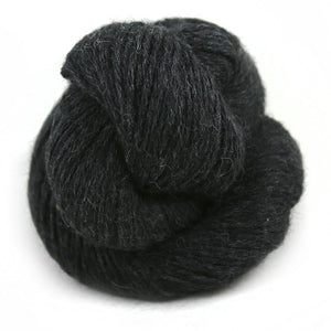 Illimani Royal 1 Alpaca Yarn in Dark Grey