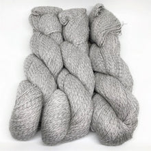 Load image into Gallery viewer, Illimani's Sabri Yarn in Ash 41-38