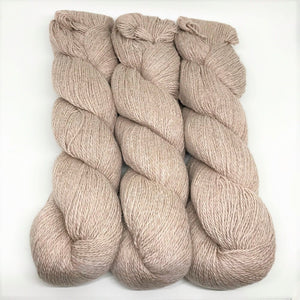 Illimani's Sabri Yarn in Fawn 84