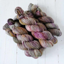 Load image into Gallery viewer, Miss la Motte Lace Merino in Burnished