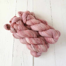 Load image into Gallery viewer, Miss la Motte Lace Merino in Desert Roses