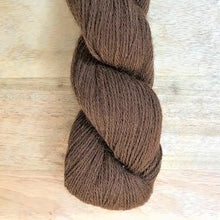 Load image into Gallery viewer, Illimani's Eco-Llama Yarn in Coffee