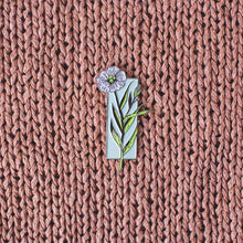Load image into Gallery viewer, K2TOG Club | Linen Plant: Enamel Pin