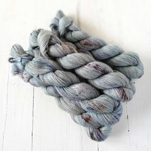 Load image into Gallery viewer, Miss la Motte Lace Merino in Rustic Silver Slate