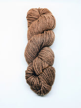 Load image into Gallery viewer, Illimani's Santi Yarn in Sunset