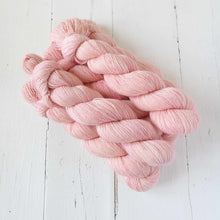 Load image into Gallery viewer, Miss la Motte Lace Merino in Terracotta Blush