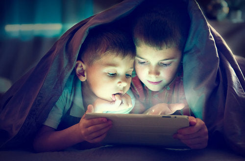 Parental Controls and Helpful Apps to Monitor Your Child's Online Use