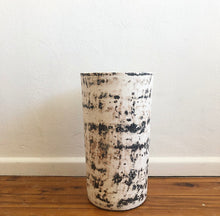 Load image into Gallery viewer, Pot - Rustic finish Tall