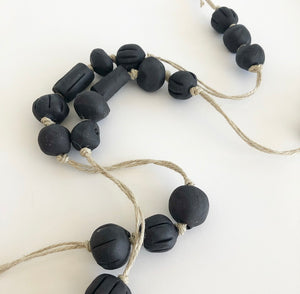 Tassel Handmade Ceramic beaded - Garland Black