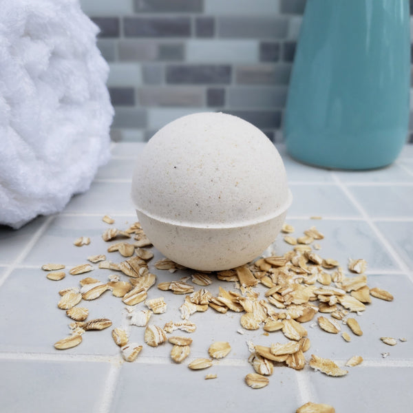 All Natural Oat, Milk, and Honey Bath Bomb