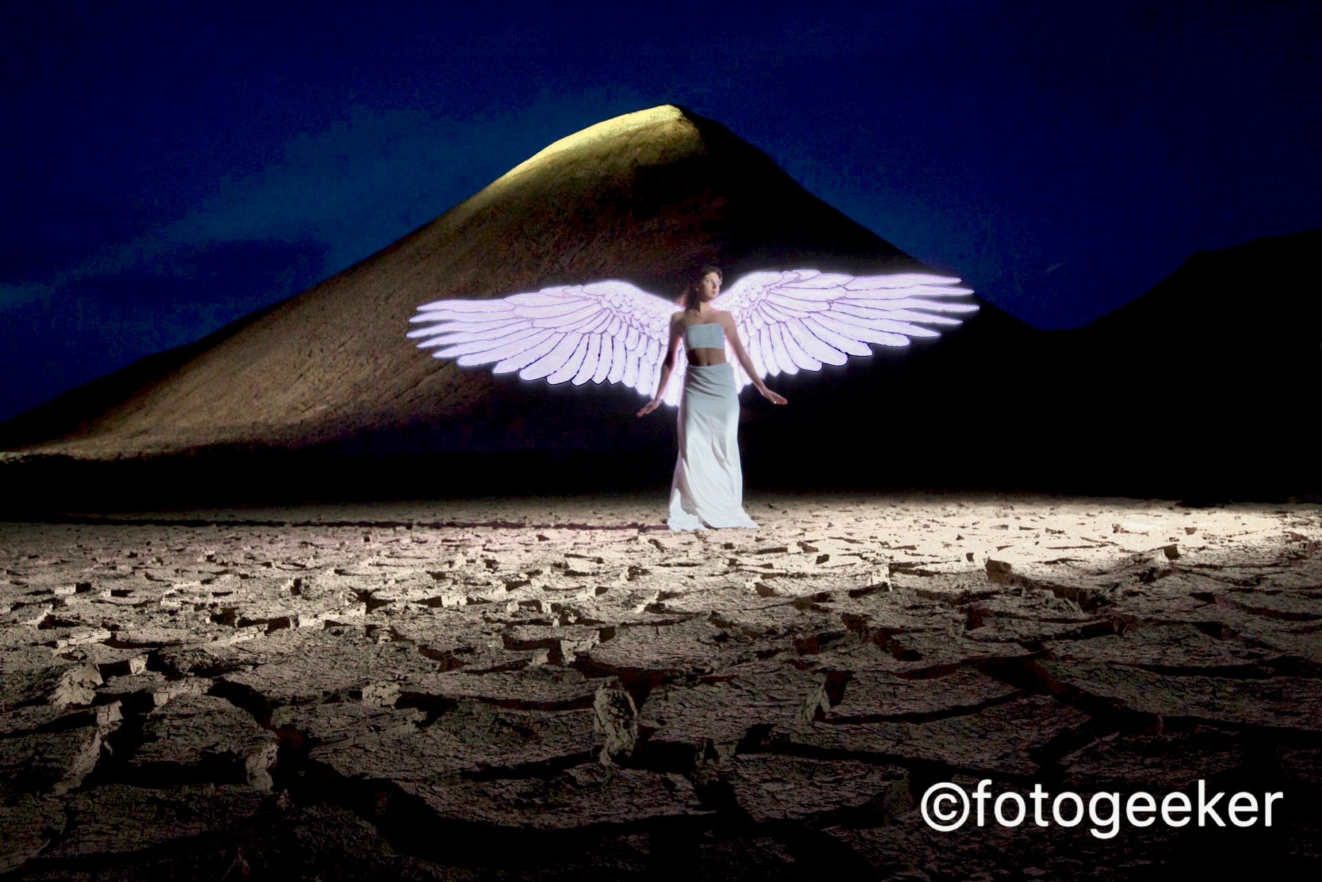 How to paint the perfect angel wing with light painting