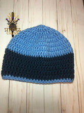 Load image into Gallery viewer, Blue adult chunky Beanie