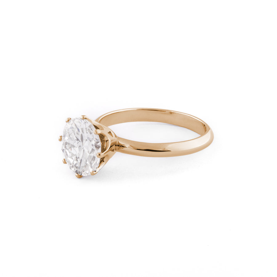 Huit Engagement Ring