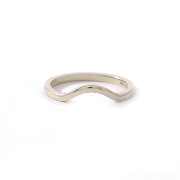 9ct White Gold Curved Wedding band