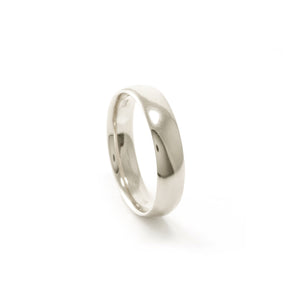 9ct White Gold men's ring