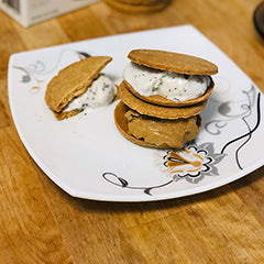 Keto-Snaps keto cookie ice cream sandwiches