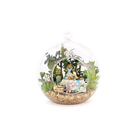 Beautiful Mini Alice dollhouse Miniature Glass Ball DIY Miniatures Wooden Doll House Funny DIY Assembling Toys