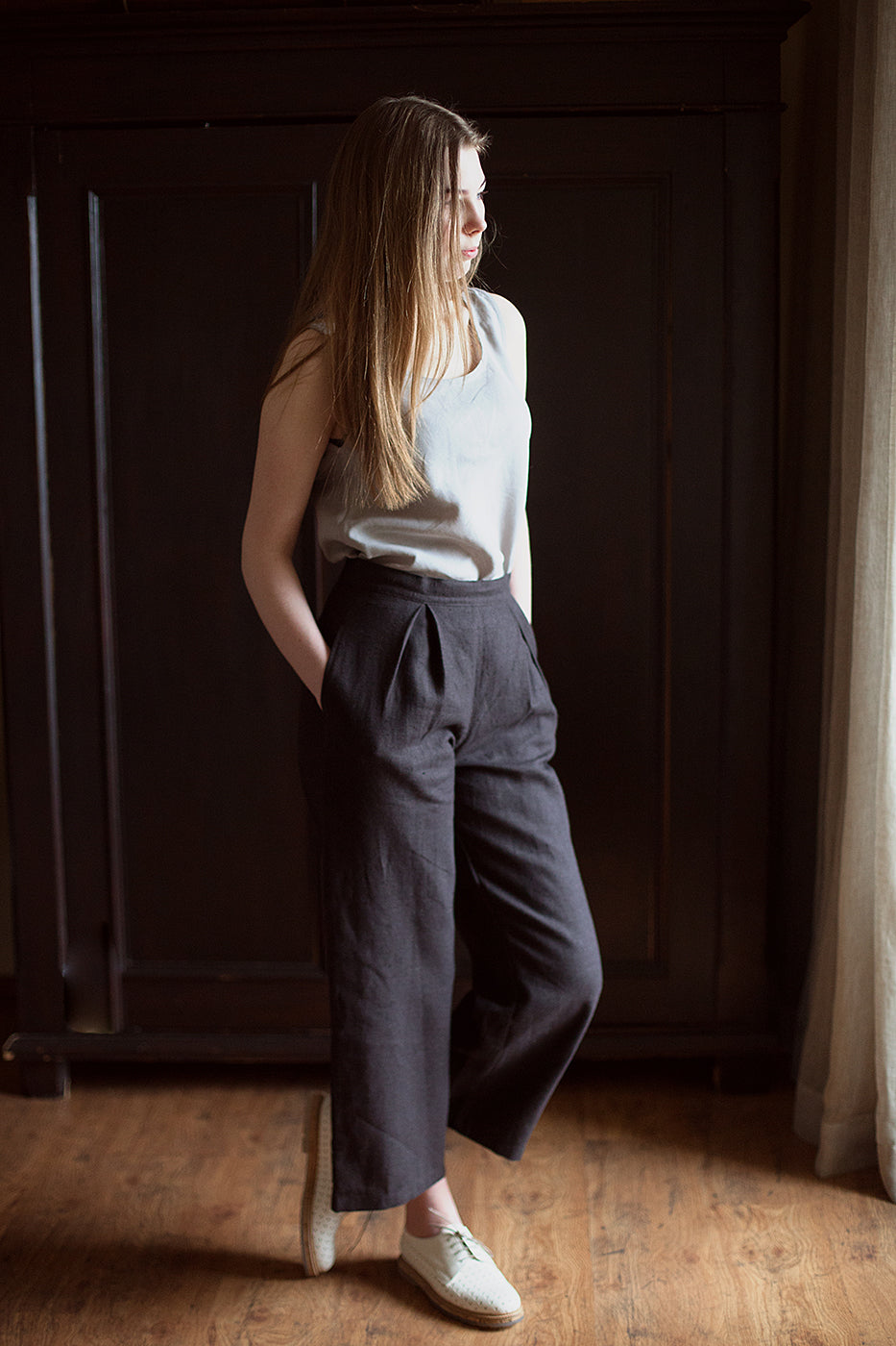 100% Linen Tailored Trousers