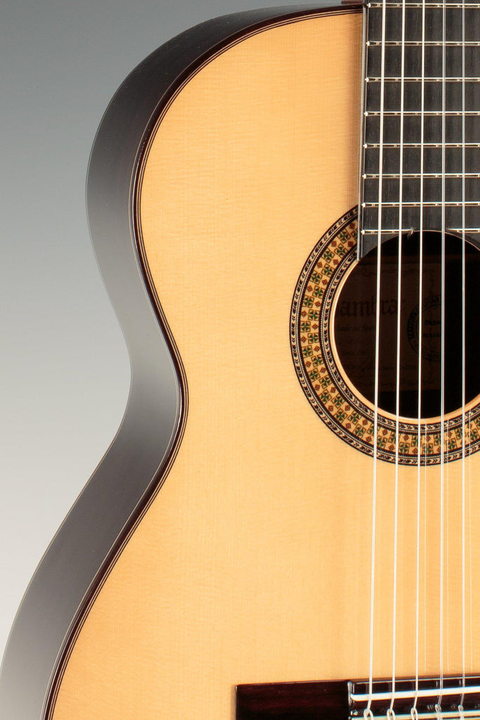 Alhambra 9p Spruce Classical Guitar