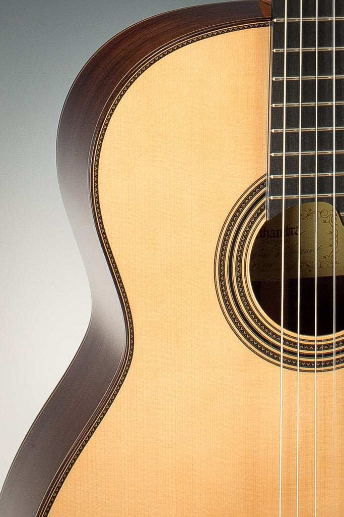 Alhambra Linea Profesional Spruce Top Classical Guitar