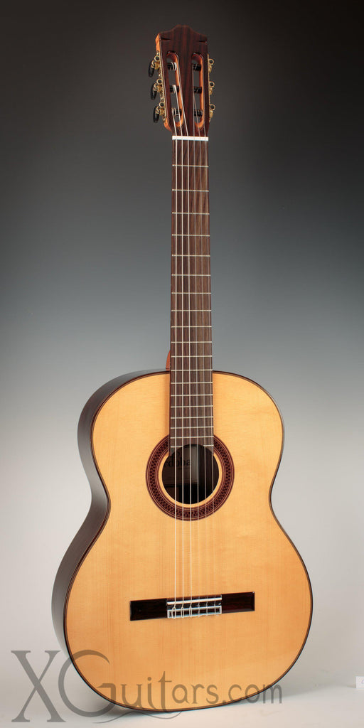 Cordoba C7 Spruce classical guitar front