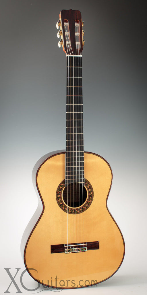 Ramirez 130 Años Spruce classical guitar front