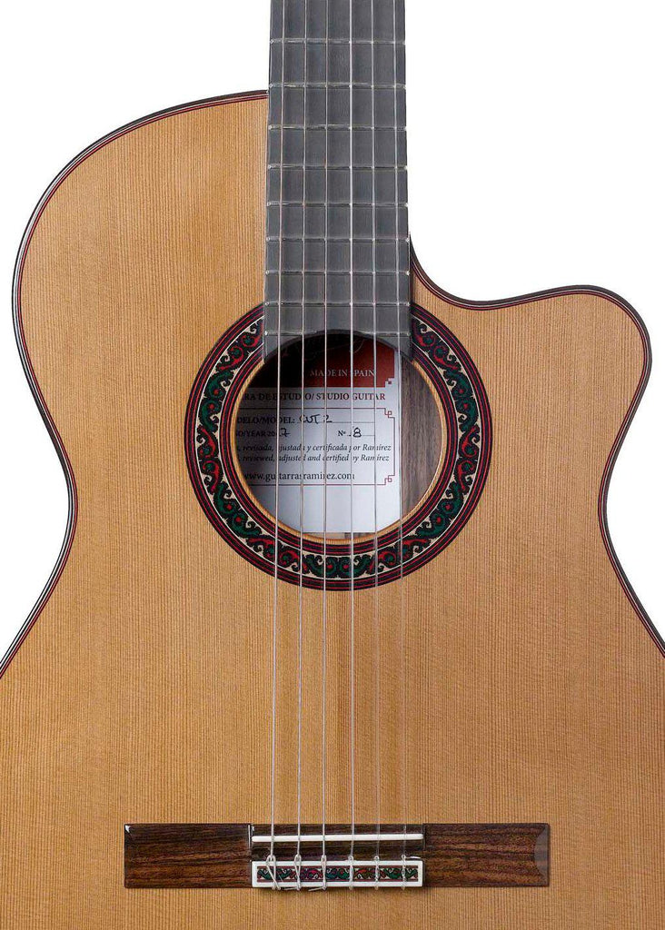 Ramirez Cutaway 2 Cedar Classical Guitar with Fishman Prefix Pro Blend