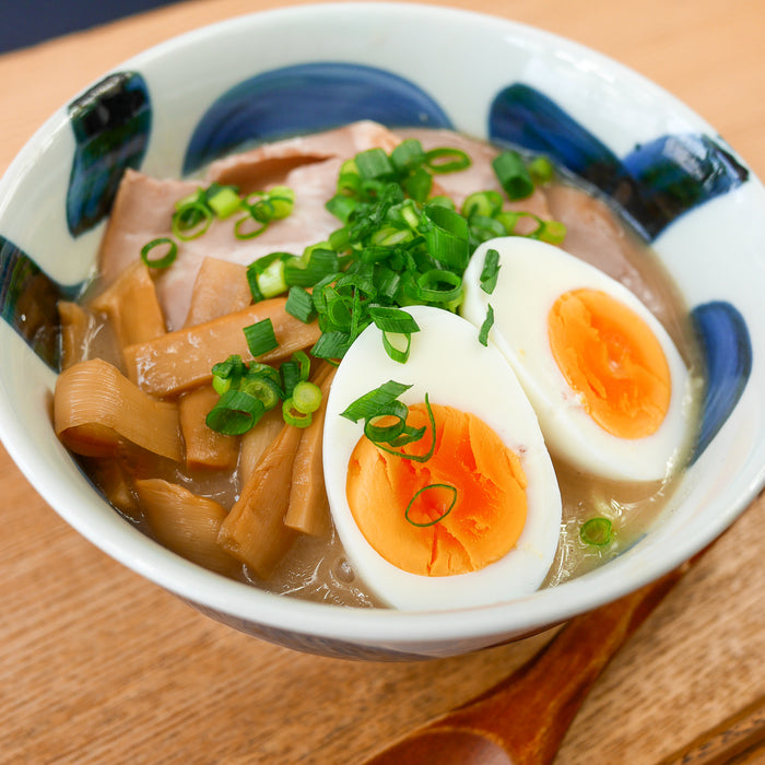 Making Hakata Style Tonkotsu Ramen at Home