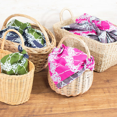 48 Isa monyo Reversible | Camellia Navy/Pink by Yamada Seni - Bento&co Japanese Bento Lunch Boxes and Kitchenware Specialists