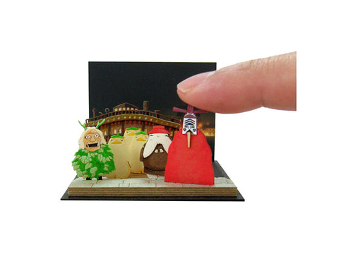 Miniatuart | Sen and Chihiro's Spiriting Away : At the dock by Sankei - Bento&con the Bento Boxes specialist from Kyoto