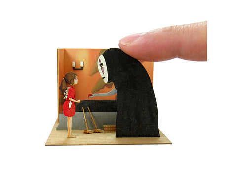 Miniatuart | Sen and Chihiro's Spiriting Away : Chihiro and No-face by Sankei - Bento&con the Bento Boxes specialist from Kyoto