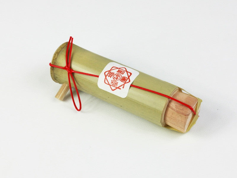 Edible Gold Leaf Flakes Bamboo Dispenser by Horikin - Bento&con the Bento Boxes specialist from Kyoto