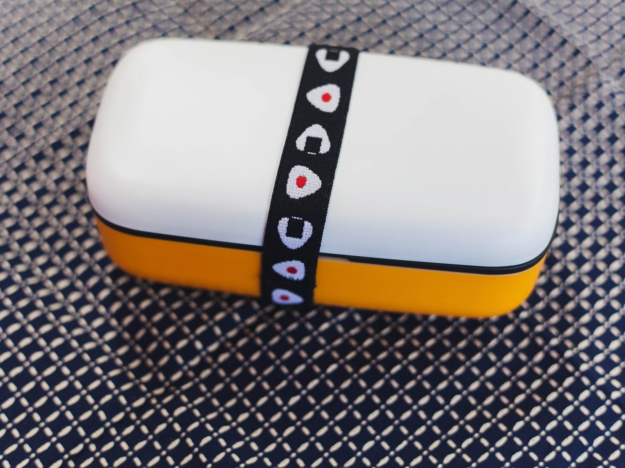 Lunch Belt Musubi | Onigiri Black by Marue Nissan - Bento&co Japanese Bento Lunch Boxes and Kitchenware Specialists