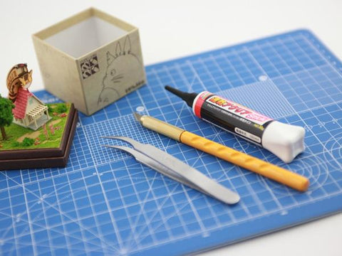 Miniatuart | My Neighbor Totoro : Satsuki and Mei's House by Sankei - Bento&con the Bento Boxes specialist from Kyoto