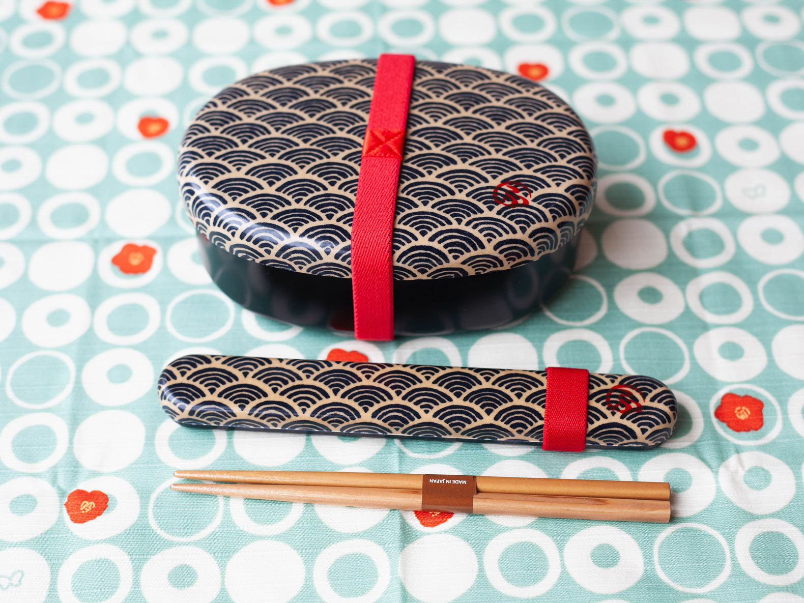 Wafu Cloth Round Bento Box | Ocean Wave