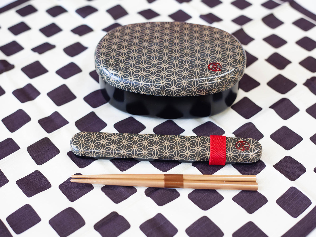 Wafu Cloth Round Bento Box | Asanoha Leaf by Hakoya - Bento&co Japanese Bento Lunch Boxes and Kitchenware Specialists