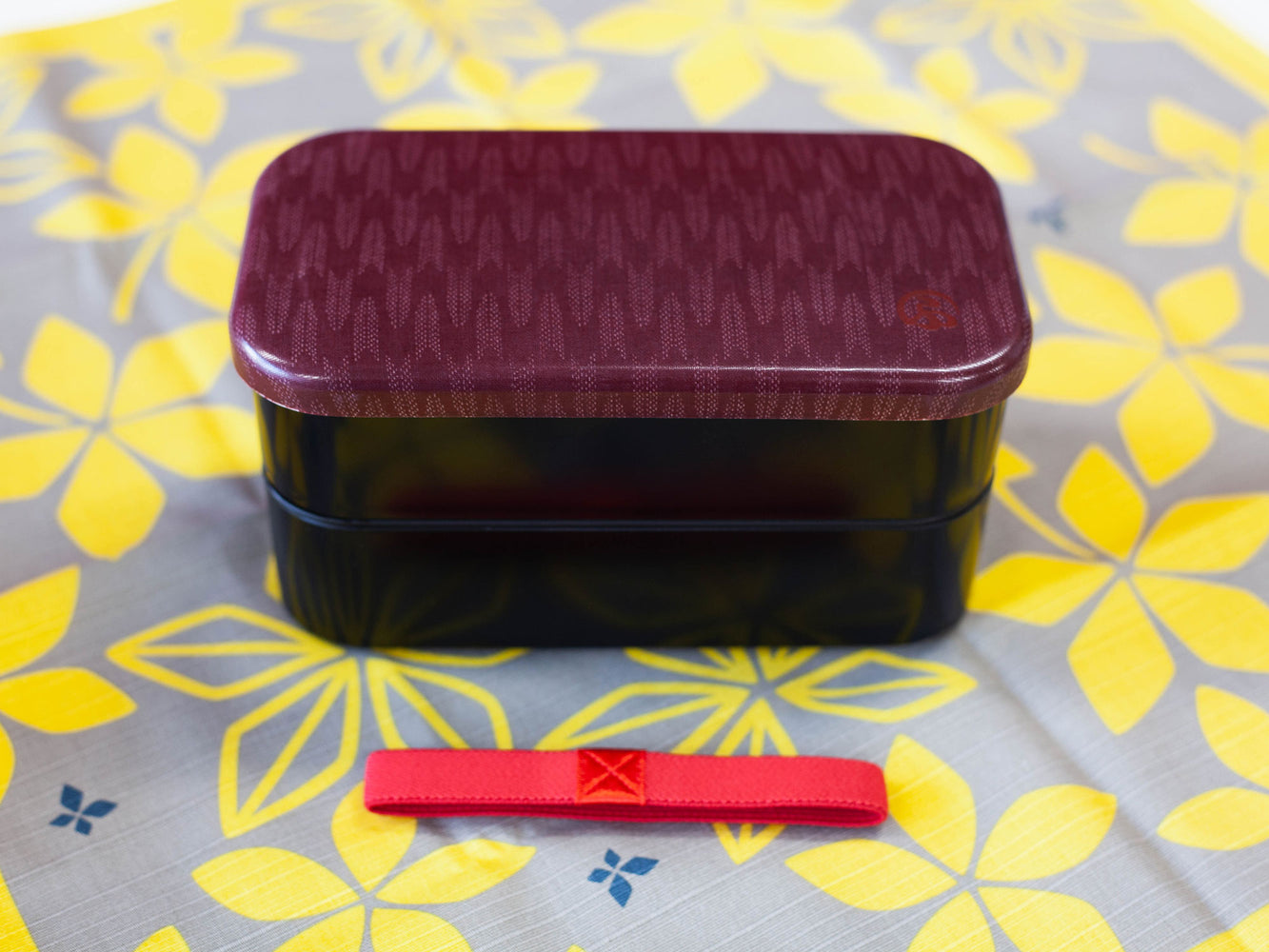 Wafu Cloth Rectangle Bento Box Large | Arrow by Hakoya - Bento&co Japanese Bento Lunch Boxes and Kitchenware Specialists