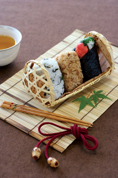 Foldable Bamboo Onigiri Basket by Yamaki - Bento&co Japanese Bento Lunch Boxes and Kitchenware Specialists