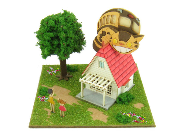 Miniatuart | The House and The Catbus