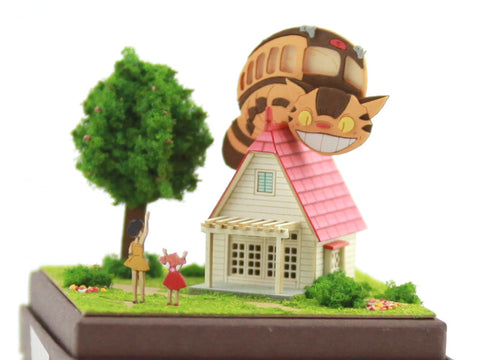 Miniatuart | My Neighbor Totoro: The House and the Catbus by Sankei - Bento&co Japanese Bento Lunch Boxes and Kitchenware Specialists
