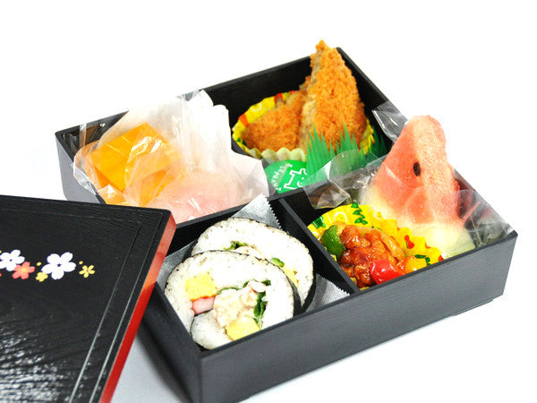 Shokado Sakura Bento Box by Hakoya - Bento&co Japanese Bento Lunch Boxes and Kitchenware Specialists