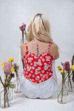 Load image into Gallery viewer, Cami - Red Daisy